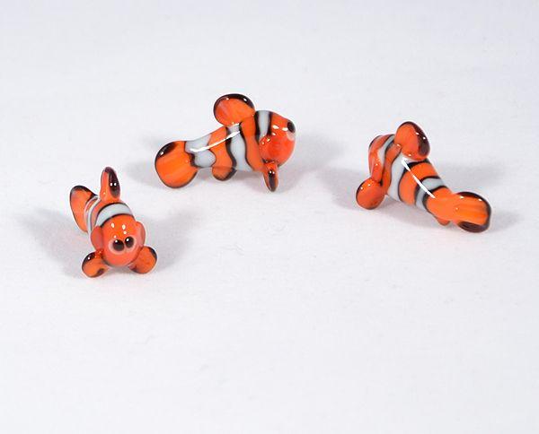 Bohóchal - miniatűr üvegfigura