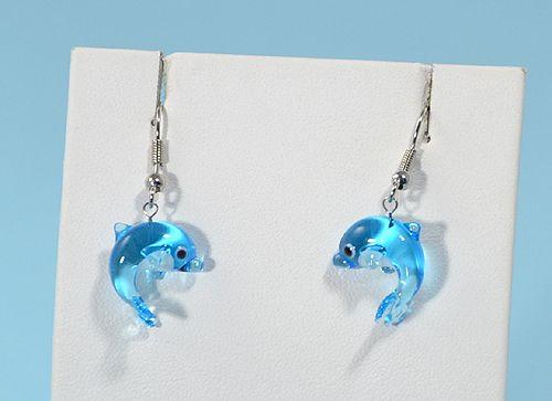 Delfin - fülbevaló miniatűr üvegfüggővel