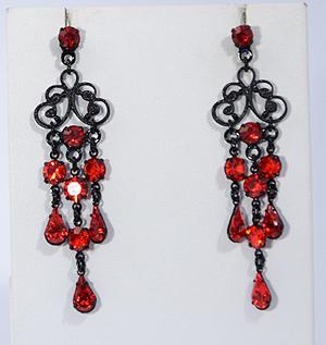 Vörös és fekete fülbevaló