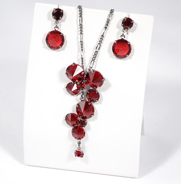 Kristályfürt ékszerszett - rubin színű