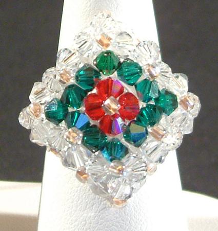 Gyűrű apró kristályokból