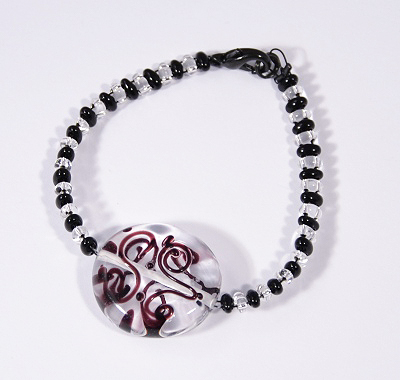 Veretes karlánc - kristály és fekete - 2000 Ft