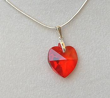 Tűzpiros szív medál - Swarovski kristály