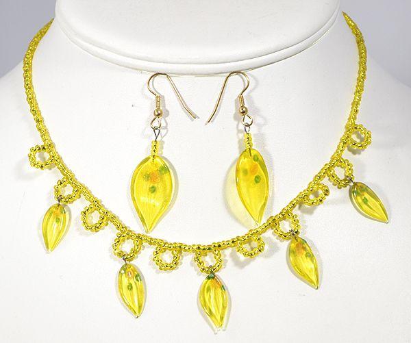 Levélke garnitúra, egyedi üveg, sárga - 4750 Ft