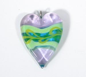 Valentin üvegmedál, halványlila - 2000 Ft