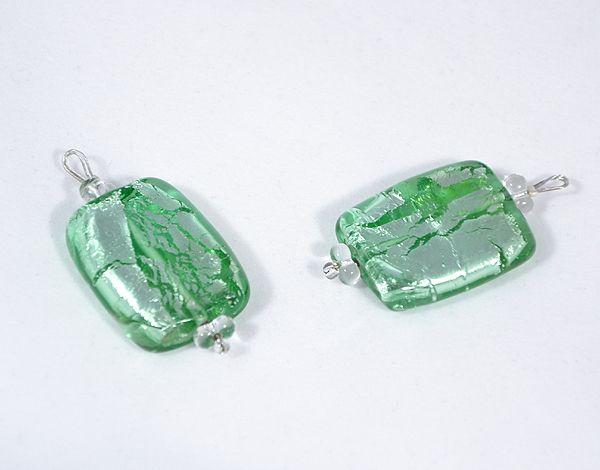 Ezüst csillám üvegmedál, zöld - 1500 Ft
