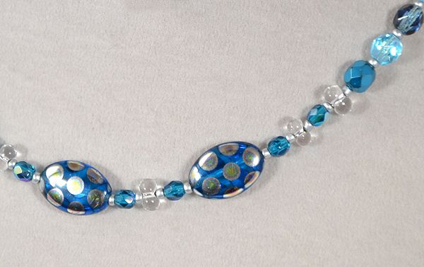 Pávaszemes nyaklánc. kék - 2000 Ft