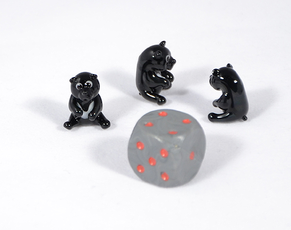 Fekete medve miniatűr üvegfigura - 1000 Ft