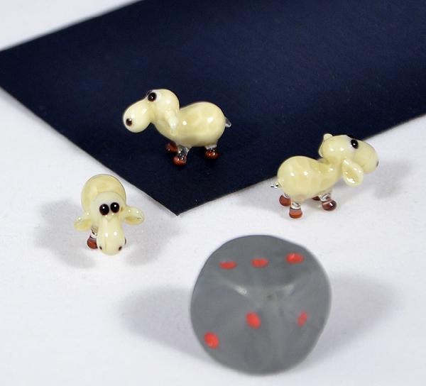 Bárány miniatűr üvegfigura - 1000 Ft