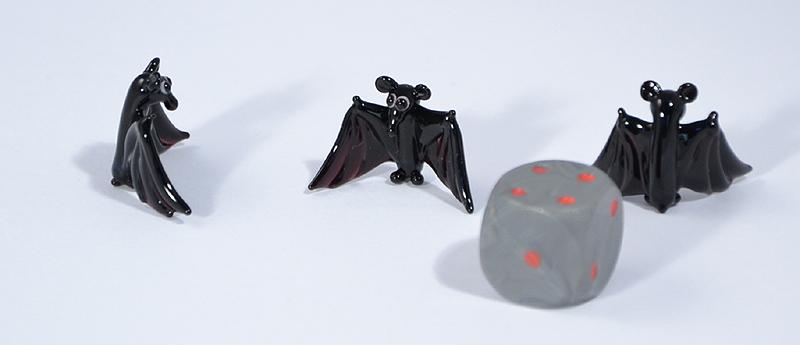 Denevér miniatűr üvegfigura - 1000 Ft