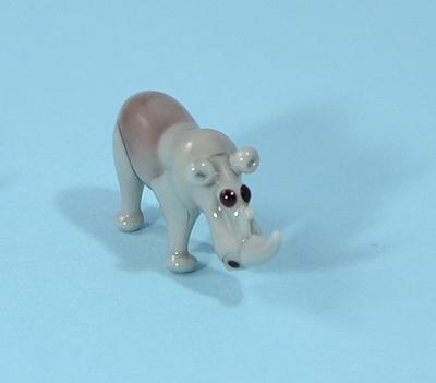 Orrszarvú miniatűr üvegfigura - 1000 Ft