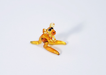 Kenguru miniatűr üvegfigura - 1000 Ft