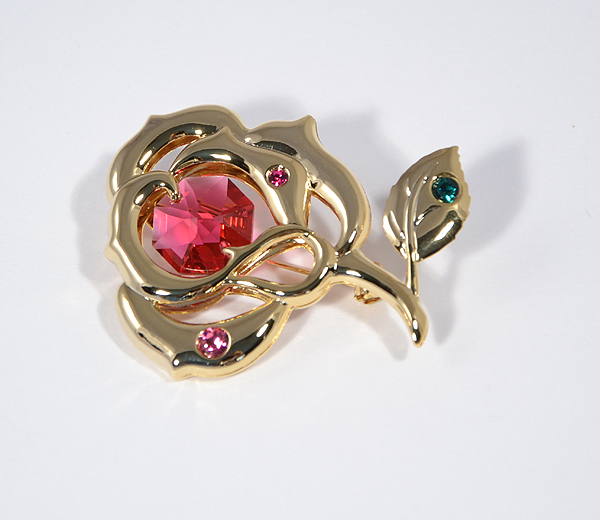 Rózsa bross Swarovski kristállyal - 5250 Ft