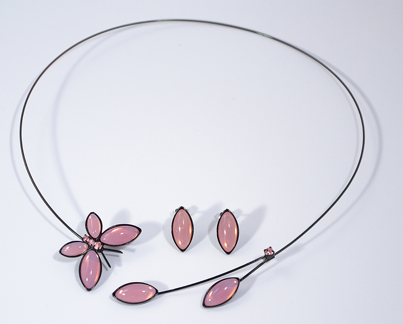 Lepke ékszerszett - opálos rózsaszín