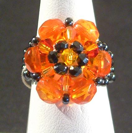 Gyűrű üveggyöngyökből 1.
