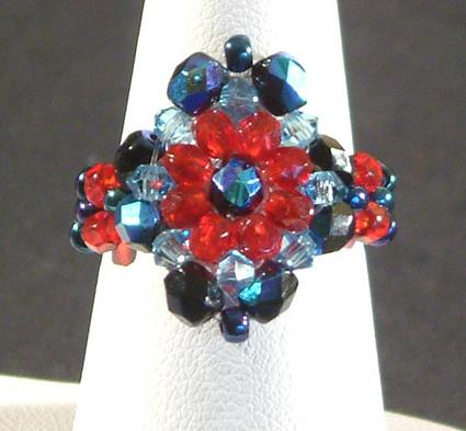 Gyűrű üveggyöngyökből 2.