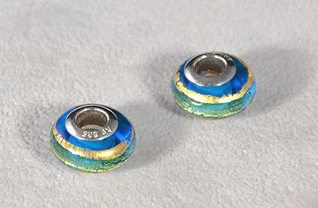 Muranói üvegmedál, arany csíkos - 5000 Ft