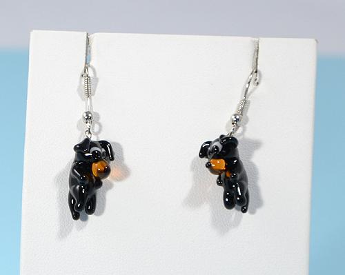 Kutyakölyök üvegfülbevaló - 2200 Ft