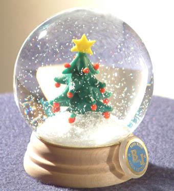 Karácsonyfás hógömb