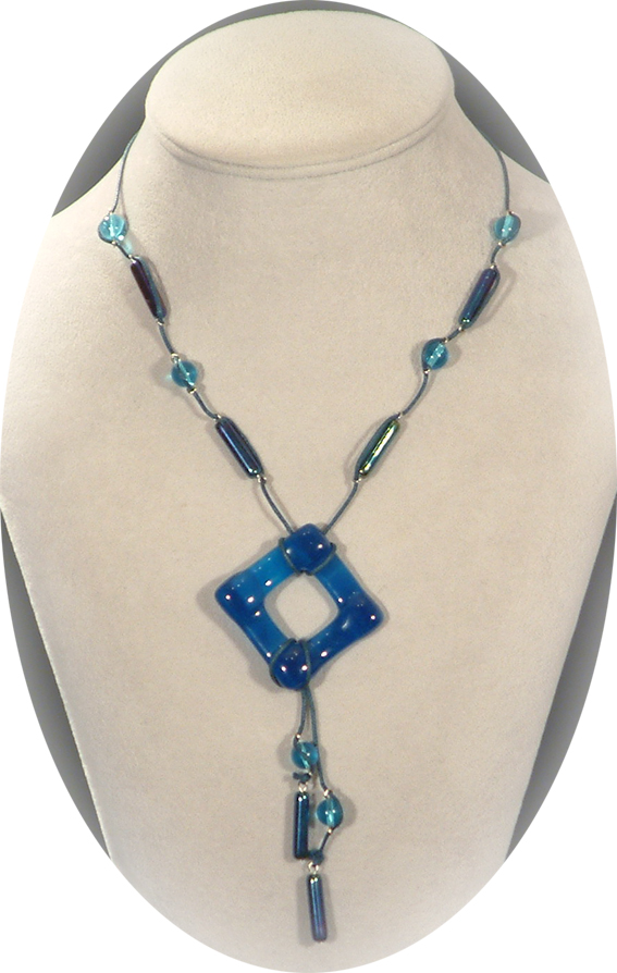 Nagy kékség nyaklánc